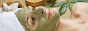 Maskergezicht groen liggend