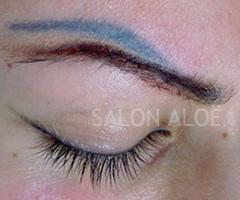 Ongewenste pernanente make-up wenkbrauw